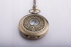 Retro stylowy klasyczny kieszeniowy zegarek obraz royalty free