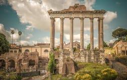 Retro stylowy wizerunek antyczni rzymscy forum w Rzym, Włochy Fotografia Stock
