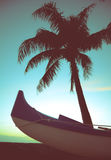 Retro stylu czółno, drzewko palmowe I Zdjęcie Stock