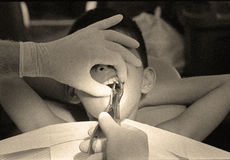 Retro tandläkekonst arkivfoton