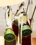 Retro tappninggasmask med ett filter arkivfoto