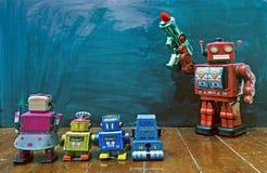 Retro techer rosso del robot immagine stock