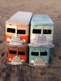 Retro tinstuk speelgoed bestelwagen Royalty-vrije Stock Foto's