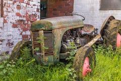 retro traktor Royaltyfria Foton