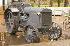Retro trattore Fotografie Stock Libere da Diritti