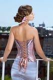 Retro ubierająca kobieta obraz royalty free