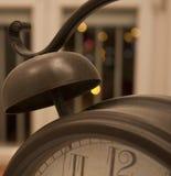 Retro- Uhrdetail Lizenzfreie Stockbilder