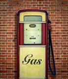 Retro Uitstekende Benzinepomp Royalty-vrije Stock Foto