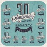 Retro Uitstekende de groetinzameling van de stijlverjaardag in kalligrafisch ontwerp. Stock Foto