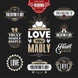 Retro Uitstekende die Insignes of Logotypes voor de dag van stValentine worden geplaatst Royalty-vrije Stock Afbeelding