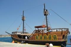 Retro varend schip Royalty-vrije Stock Afbeeldingen