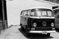 Retro Volkswagen B&W Arkivbild
