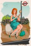 Retro vrouw die lippenstift toepassen die bij bushalte wachten royalty-vrije illustratie
