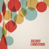 Retro- Weihnachtskarte mit Weihnachtsdekorationen Stockbild