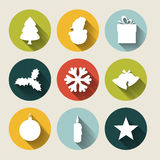 Retro- Weihnachtskarte mit Weihnachtsdekorationen Stockbilder