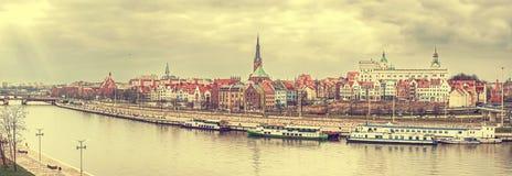 Retro wijnoogst stileerde panoramisch beeld van Szczecin Stock Foto's