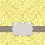 Retro witte cirkels in rijen op zonnige geel met F Royalty-vrije Stock Afbeeldingen