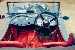 Retro wnętrze stary samochód zdjęcie royalty free