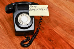 Retro zwarte telefoon Royalty-vrije Stock Foto's