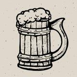 Retrostilbierkrug- oder -glasstich Lokale Brauerei Weinlesevektor-Stichillustration für Netz, Plakat, Aufkleber Lizenzfreies Stockbild