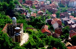 Retter-Kirche, Prizren, Ruinen. lizenzfreies stockfoto