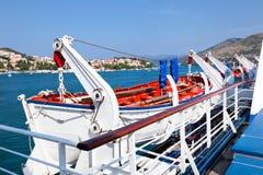 Rettungsboot auf Fähre Stockfotos