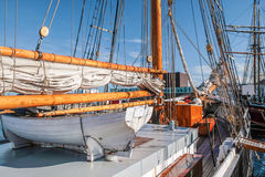 Rettungsboot eines großen Segelschiffs Stockfotografie