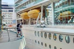 Rettungsboote auf einem Kreuzschiff Lizenzfreies Stockfoto