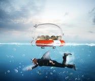 Rettungsgürtel für Geld Lizenzfreie Stockfotografie