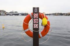 Rettungsschwimmen-Ring Stockfotos