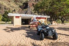 Rettungsstation auf dem Strand Las Teresitas Stockfotos