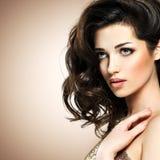 Retty mody model z ciemnego brązu oka makeup Obraz Stock