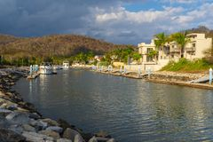 Free Return To Huatulco Bay After A Fishing Day Royalty Free Stock Photo - 139973765