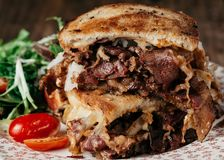 Reuben Sandwich closeup Arkivbild