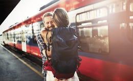 Reuinion de couples après longue séparation Photographie stock
