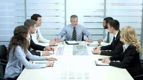 Reunião bem sucedida dos sócios comerciais vídeos de arquivo