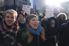 Reunião contra a proibição muçulmana em Toronto imagens de stock royalty free