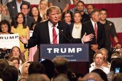 Reunião da campanha presidencial de Donald Trump primeira em Phoenix Imagem de Stock