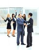 A reunião de dois sócios comerciais Fotos de Stock
