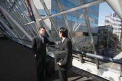 Reunião de negócio na entrada fotografia de stock royalty free