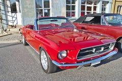 A reunião do carro do Am halden dentro (o mustang do ford) Imagem de Stock Royalty Free