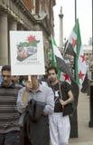 Reunião síria em Trafalgar Square para apoiar médicos sob o fogo fotografia de stock