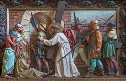 Reunión de Brujas - de Jesús las mujeres de Jerusalén Alivio en la iglesia de St Giles (Sint Gilliskerk) Imagenes de archivo
