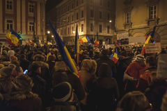 Reunión de los rumanos en la protesta anticorrupción más grande Fotos de archivo libres de regalías