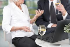 Reunión de negocios en el ofice Imagen de archivo libre de regalías