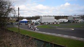 Reunión de raza del club SYKC de South Yorkshire Kart el 12 de marzo de 2017 almacen de video