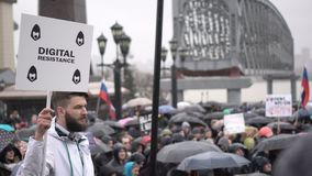 Reunión organizada por Navalny en mayo de 2018 en Novosibirsk metrajes
