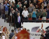 Reunión republicana de la campaña de Donald Trump del candidato presidencial en la arena y el casino del sur del punto en Las Veg Foto de archivo