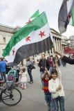 Reunión siria en Trafalgar Square para apoyar a médicos bajo fuego Fotos de archivo libres de regalías