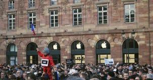 Reunión total de la unidad celebrada en Estrasburgo que sigue attentados terroristas recientes almacen de video